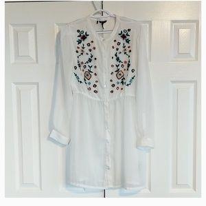 Buffalo David britton sheer white overlay dress